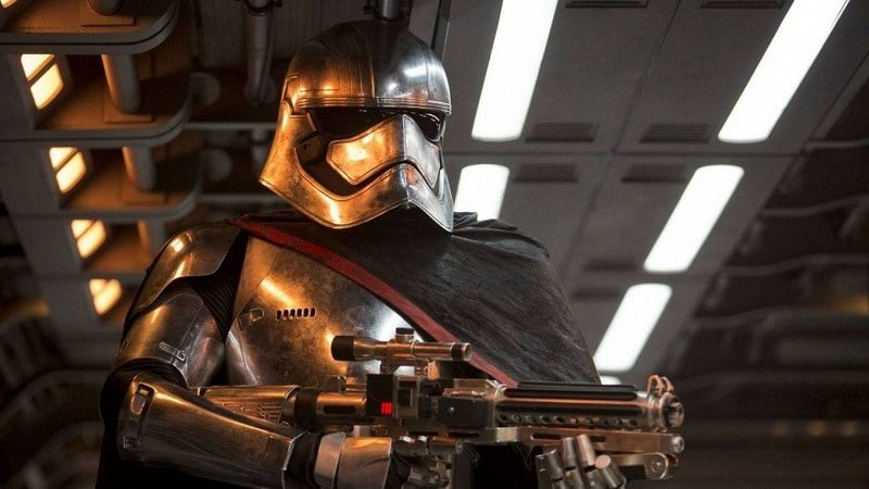 capitan phasma viva star wars episodio 9 IX captain phasma