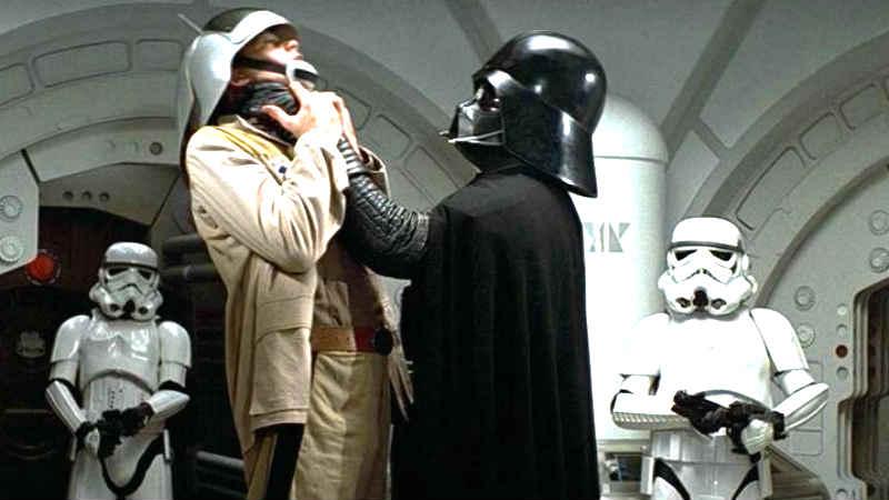 Star Wars Darth Vader Soldati Imperiali uccide ammazza strangola
