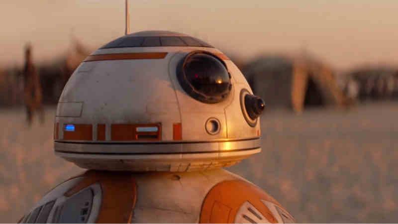 Star Wars Ep.IX: l'ultimo giorno sul set di BB-8. Il messaggio speciale...
