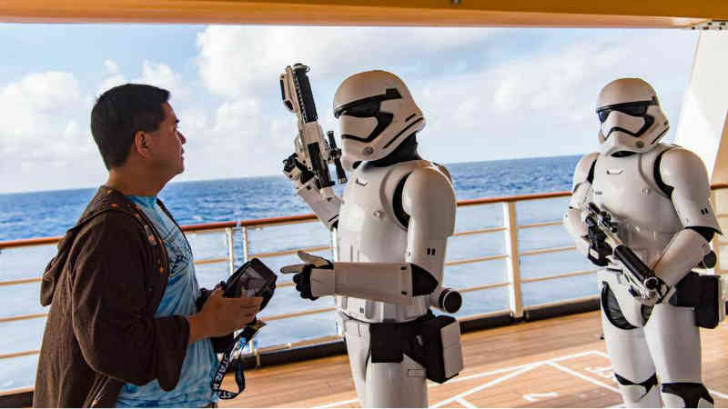 Disney annuncia incredibili crociere a tema Star Wars e Marvel
