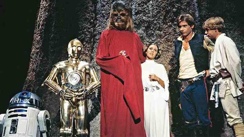 Star Wars Holiday Special Disney + Jon Favreau