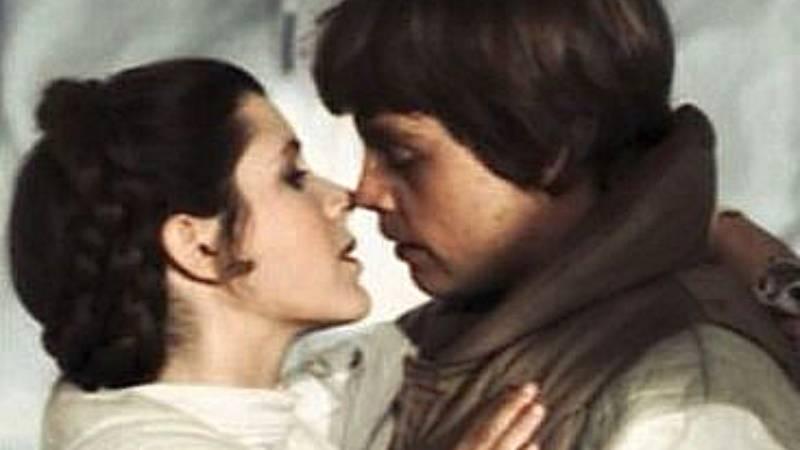 Star Wars Leia Luke bacio